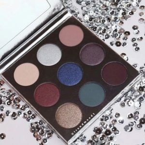 Kylie cosmetics the holiday 2016 eyeshadow palette